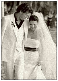 Celebrity Bride Shania Twain Thiebaud Wedding Dress